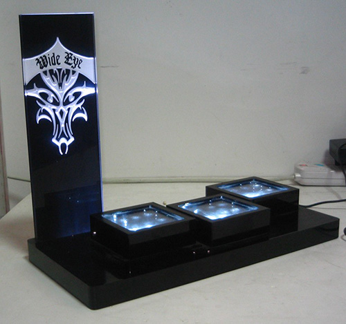 led-acrylic-display-stand-2