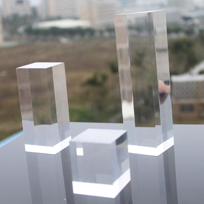 透明亞加力膠方柱